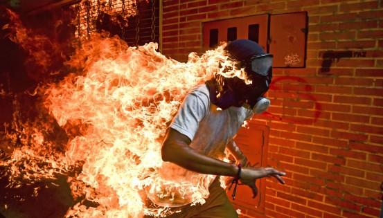 © Ronaldo Schemidt Agence France Presse La crise au Venezuela. Manifestation à Caracas. 3 mai 2017.