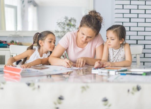 L'hyper-parentalité, une tendance sociétale à risques