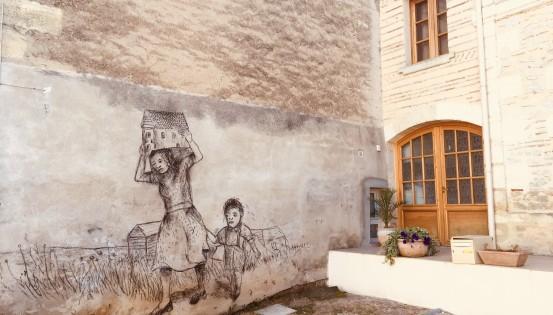 Une fresque pour questionner sur les politiques migratoires en France