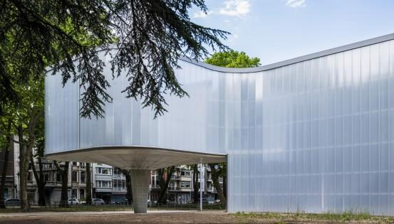 Un musée baigné de lumière naturelle, conçu par le bureau d'architecture Beguin-Massartverre - ©P.Schyns-Sofam