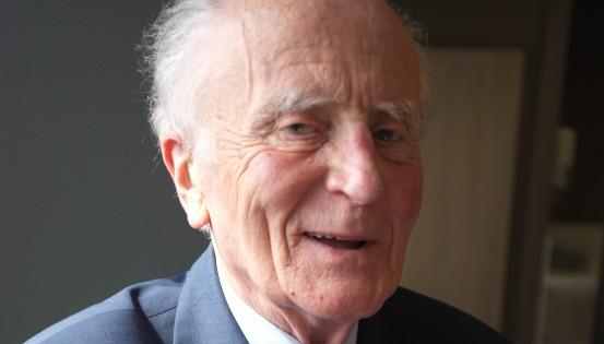 Jean Hallet, en 2013, lors de l'interview réalisée à l'occasion des 50 ans de la Loi Leburton de 1963. (c)Matthieu Cornelis