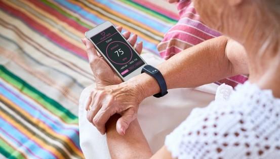 Les outils internet s'invitent de plus en plus dans la relation avec le corps médical. Parmi eux, les applications prennent de l'importance.